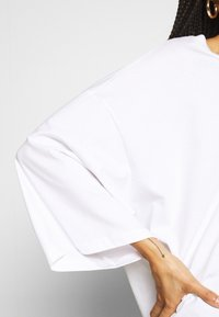 Monki - BILLIE TEE - Long sleeved top - white - 5