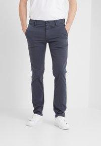 BOSS - Chino kalhoty - blaugrau - 0