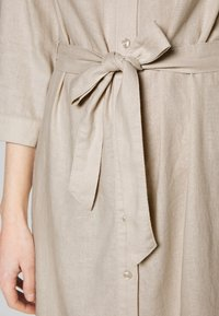Esprit - Skjortklänning - sand - 3