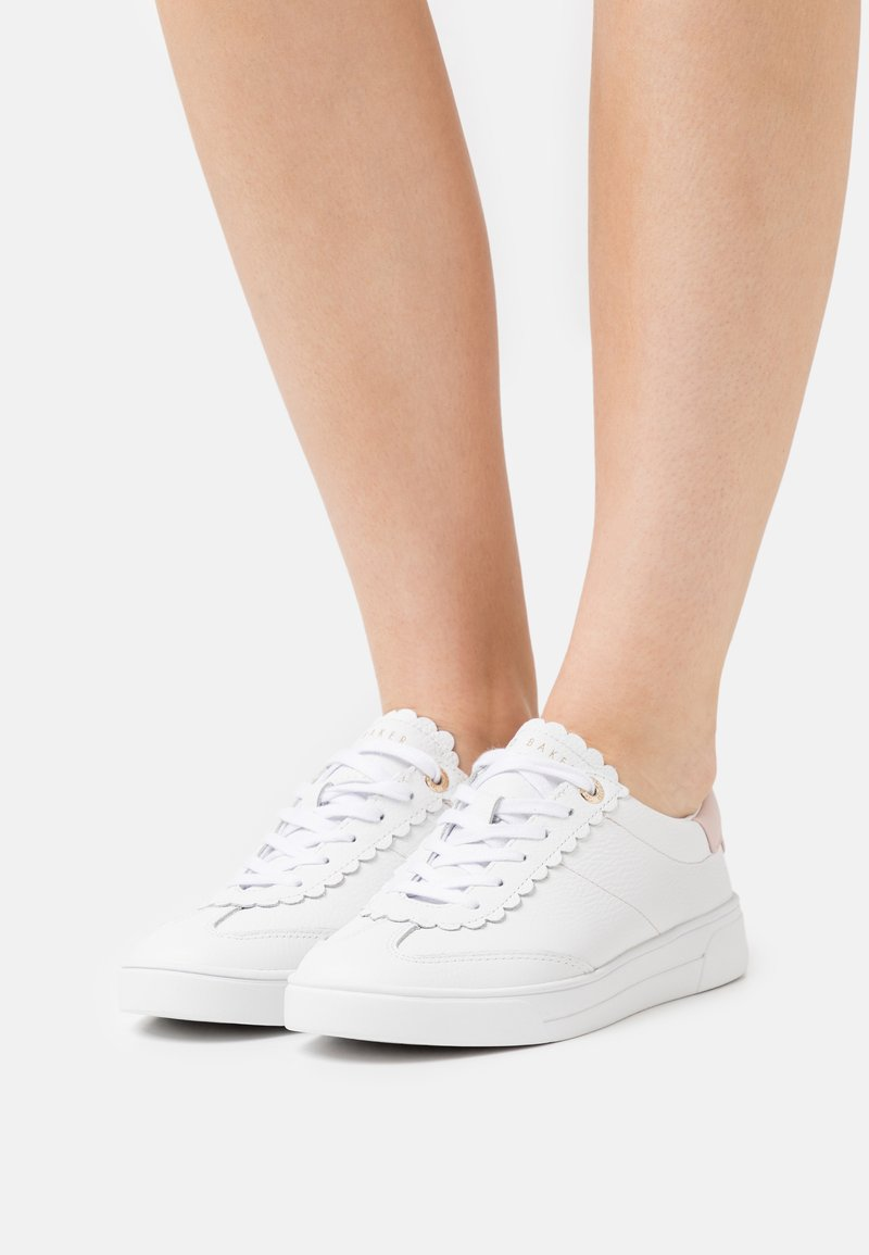 Ted Baker - EBBY - Trainers - white