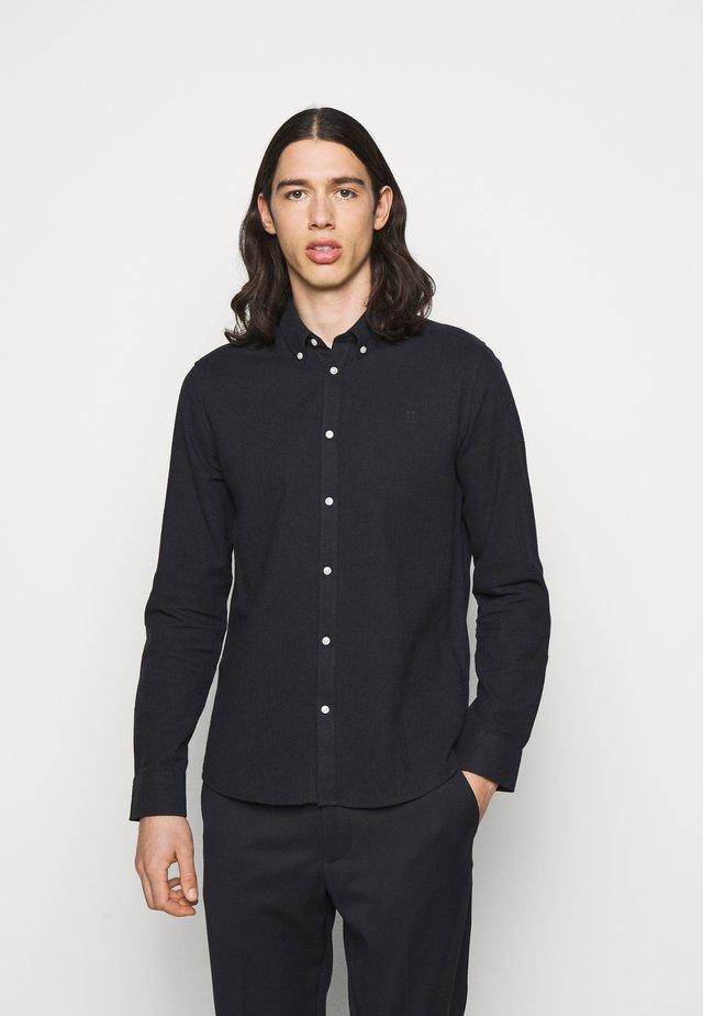HOLDEN HERRINGBONE - Shirt - black