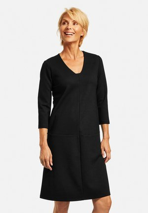 Ausgestellt - Jersey dress - schwarz