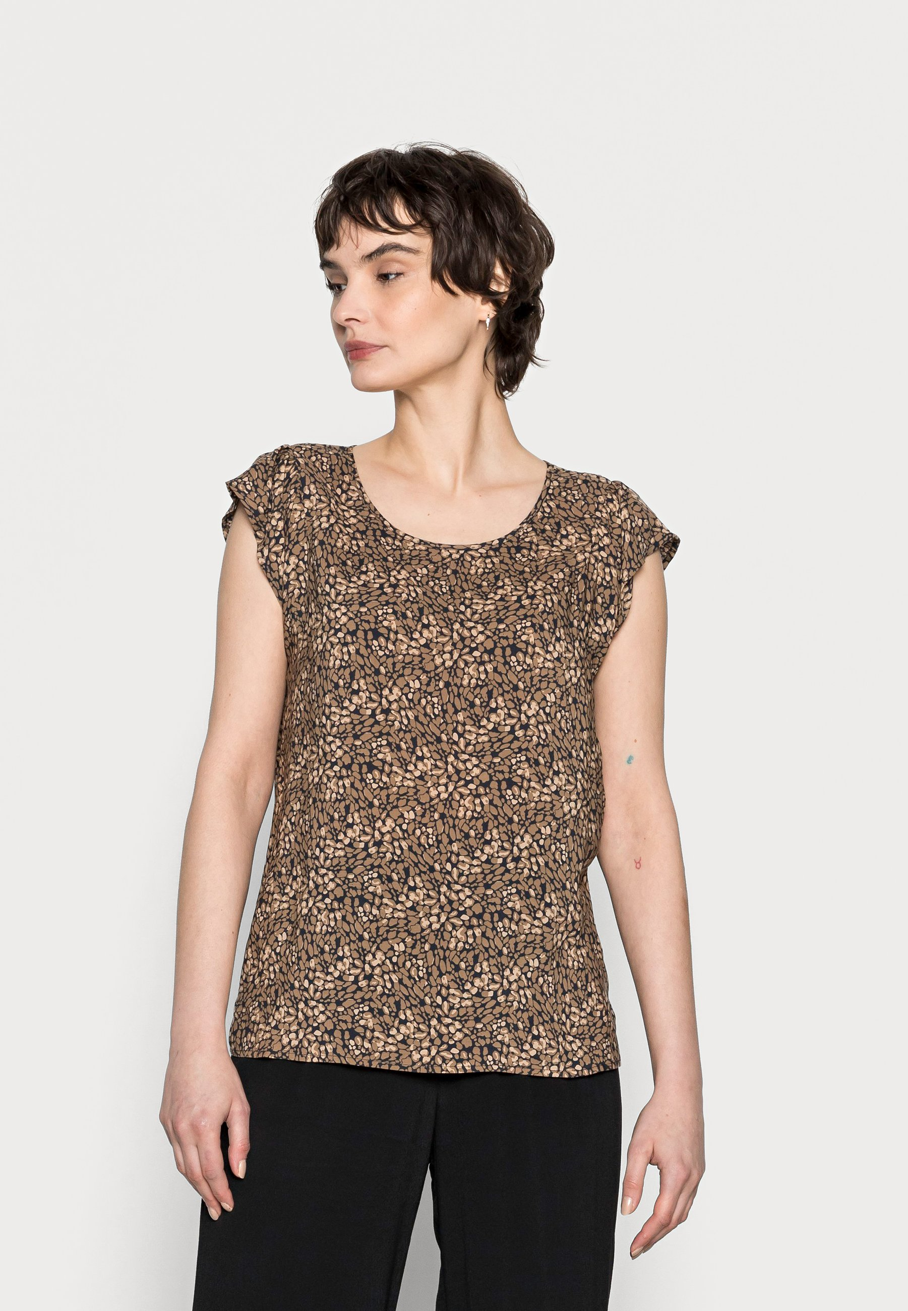 Women FANNIE ABSTRACT - Print T-shirt