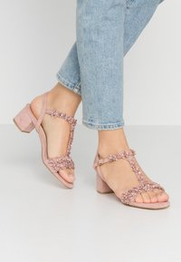 Menbur - Sandals - nude - 0