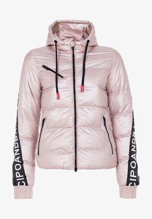 MIT WÄRMENDER KAPUZE - Winter jacket - pinksilver