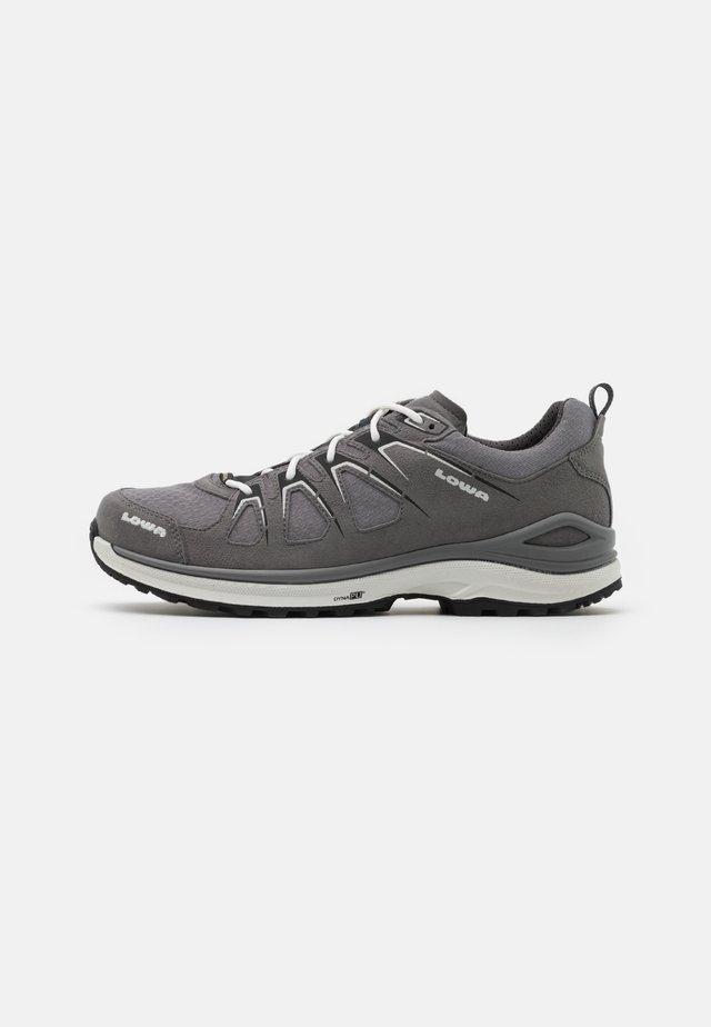 INNOX EVO GTX - Zapatillas de senderismo - grey/offwhite