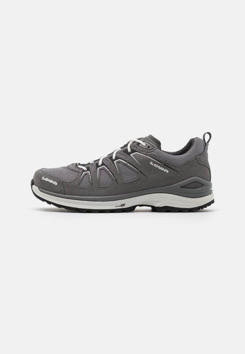 Lowa - INNOX EVO GTX - Chaussures de marche - grey/offwhite