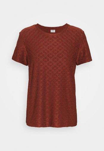 JDYCATHINKA - Print T-shirt - cherry mahogany