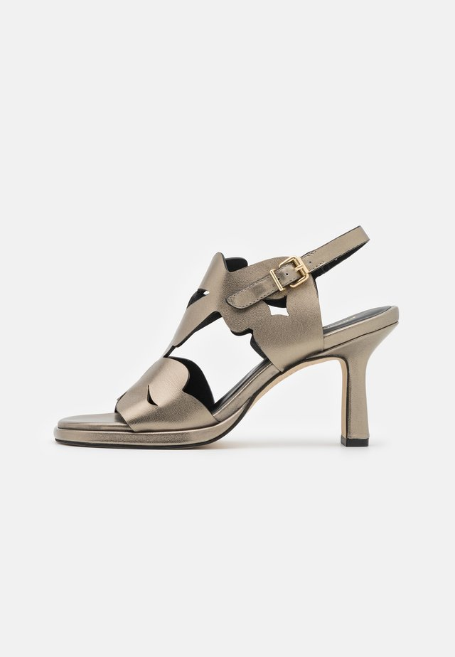 Sandales - lame alba