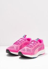 Puma - SPEED 600 2  - Zapatillas de running neutras - luminous pink/digi/blue - 2