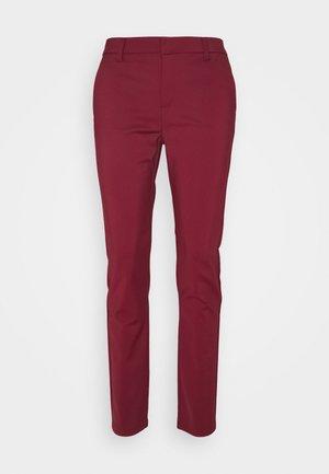 VMLEAH CLASSIC PANT - Bukse - cabernet