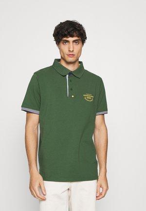 CHANDLER - Polo shirt - greener