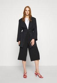 Gestuz - FLEUR - Short coat - black - 1