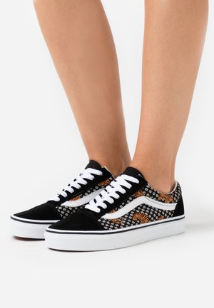 OLD SKOOL UNISEX - Sneaker low - black/true white