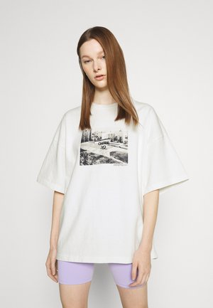 CHASE WASHED WOMEN - Print T-shirt - off white