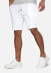 Threadbare - Shorts - white - 0