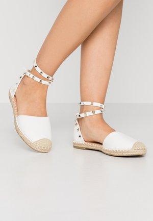 CASPER - Espadrilles - white