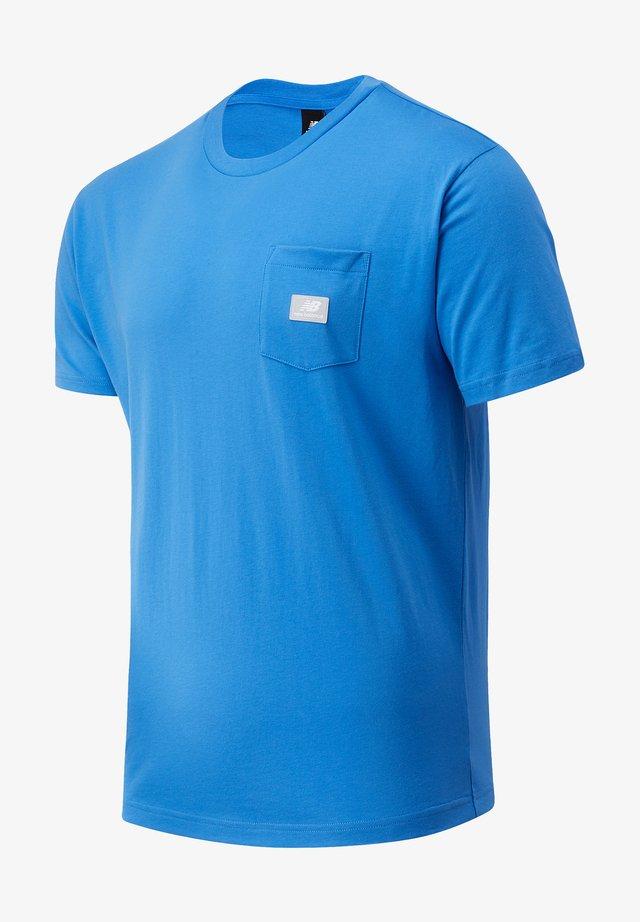 ATHLETICS POCKET - T-shirt basique - faded cobalt