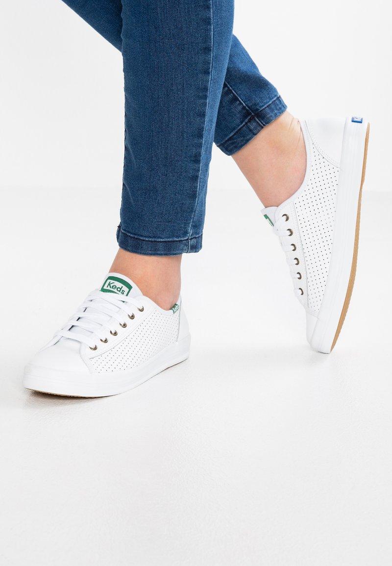 Keds - KICKSTART LEATHER - Sneakersy niskie - white