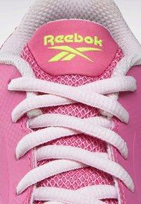 Reebok - Stabilty running shoes - pink - 5
