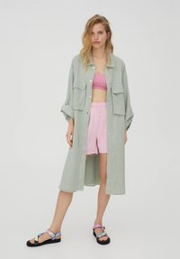 PULL&BEAR - Short coat - green - 0