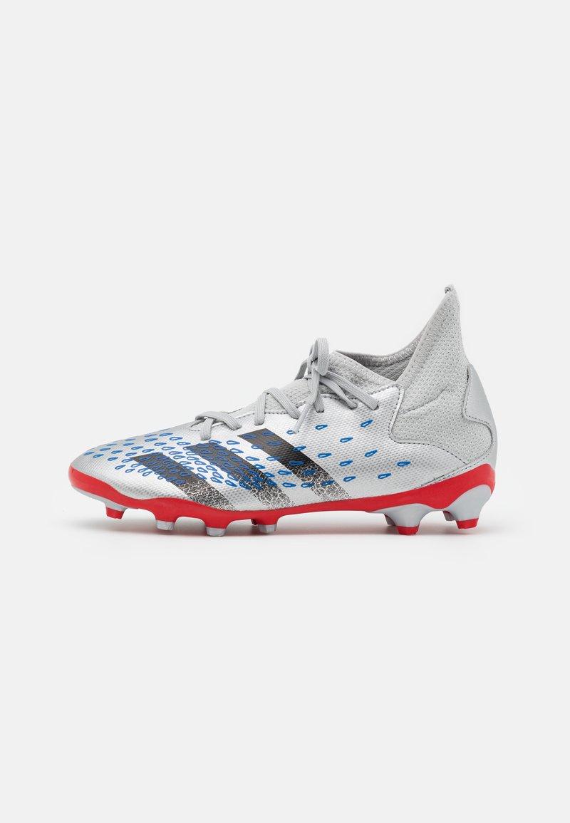 adidas Performance - PREDATOR FREAK .3 MG UNISEX - Kopačky lisovky - silver metallic/core black/roy blue