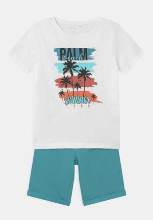 NKMVIGANO SET - T-shirt z nadrukiem - aqua