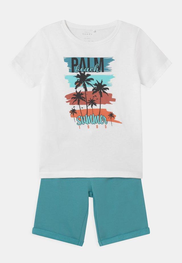 NKMVIGANO SET - T-Shirt print - aqua