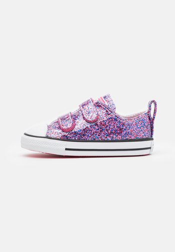 CHUCK TAYLOR ALL STAR COATED GLITTER