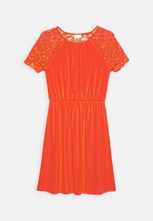 VITAINI DRESS - Jersey dress - flame scarlet