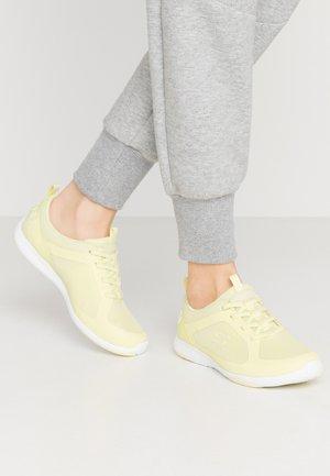 LOLOW - Slip-ons - yellow/hot melt/white