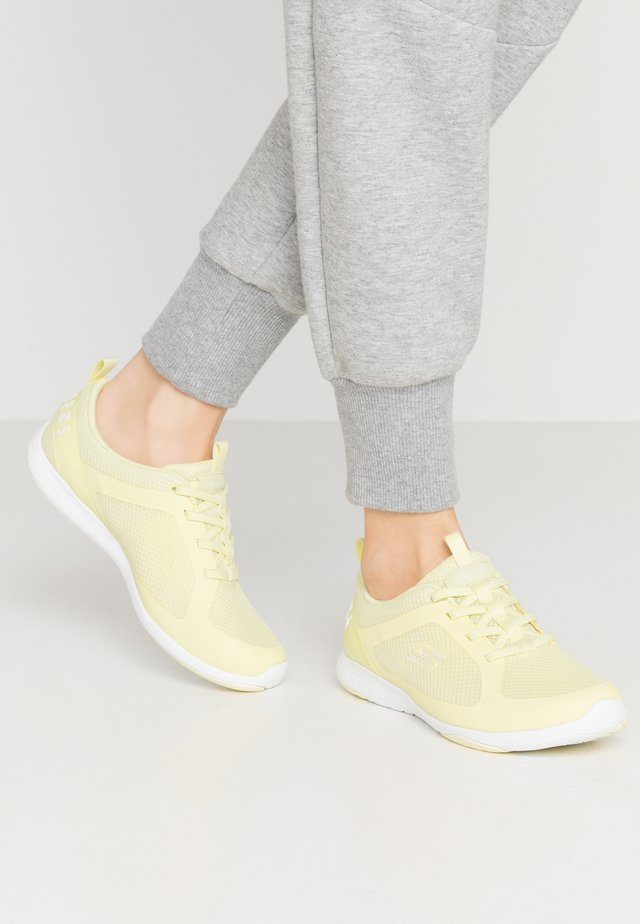 LOLOW - Nazouvací boty - yellow/hot melt/white