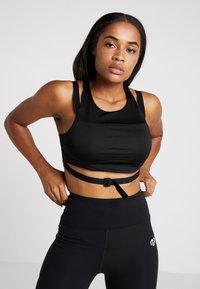 MOROTAI - NAKA CROPPED - Sports bra - black - 0