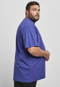 Urban Classics - T-shirt - bas - bluepurple - 4