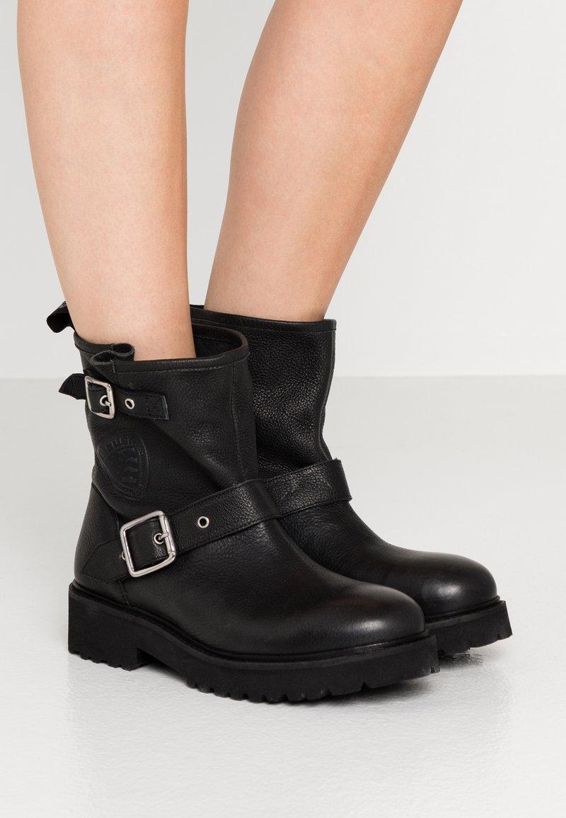 Blauer - IRVINE - Cowboy/biker ankle boot - black