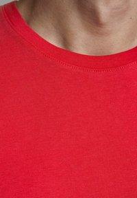 Jack & Jones - Camiseta básica - true red - 4