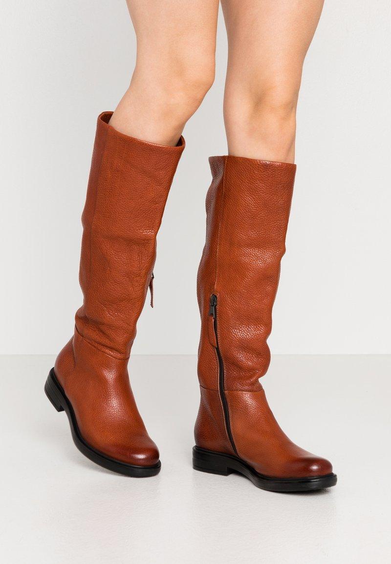 MJUS - Vysoká obuv - penny