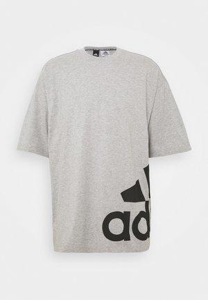 BOXBOS TEE - T-shirt med print - medium grey heather