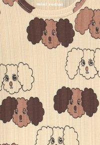 Mini Rodini - FLUFFY DOG UNISEX - Triko spotiskem - beige - 2