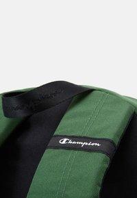 Champion - LEGACY BACKPACK - Ryggsekk - dark green/black - 4