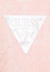 Guess - SHIRT AND LEGGINGS BABY SET - Top sdlouhým rukávem - light pink - 3