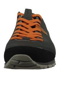 Aku - Hiking shoes - grey - 4