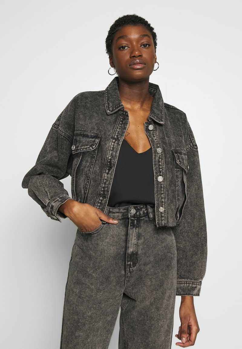 Missguided - CROPPED RAW JACKET  - Denim jacket - washed grey