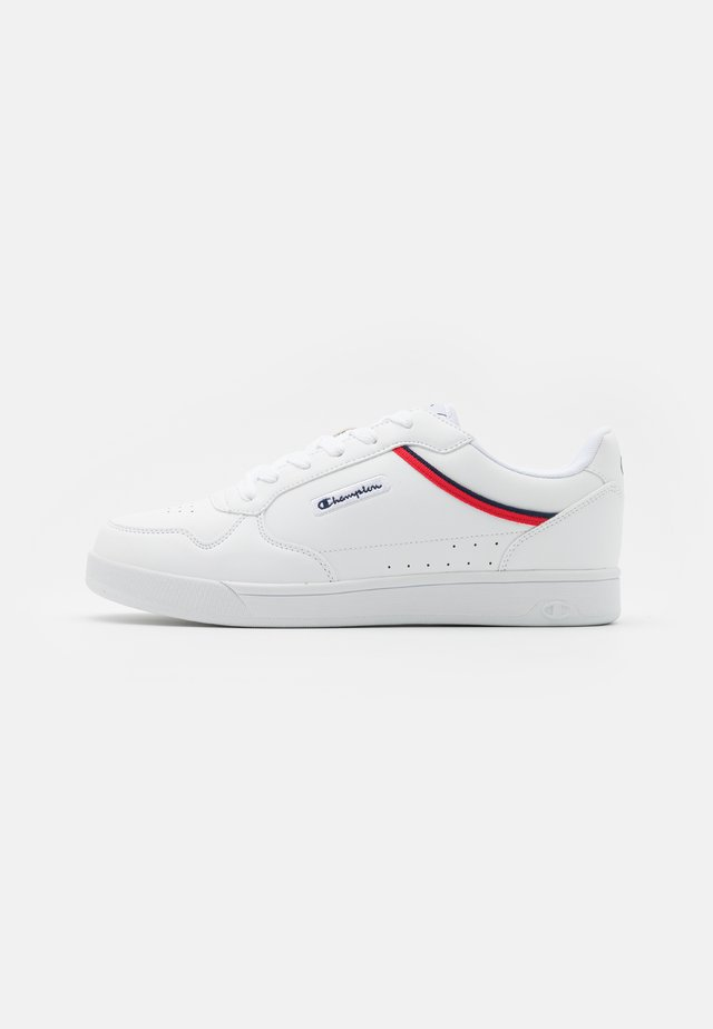 LOW CUT SHOE NEW COURT - Zapatillas de entrenamiento - white/red