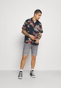Jack & Jones - JJGREG PLAIN - Shirt - navy blazer - 1