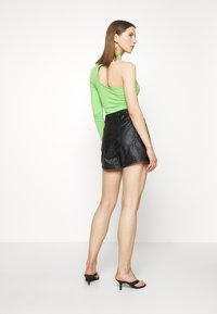 Missguided - DENIMEXPOSED  - Shorts - black - 2