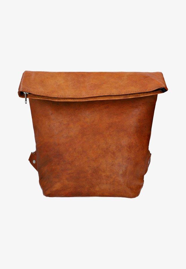 Batoh - brown
