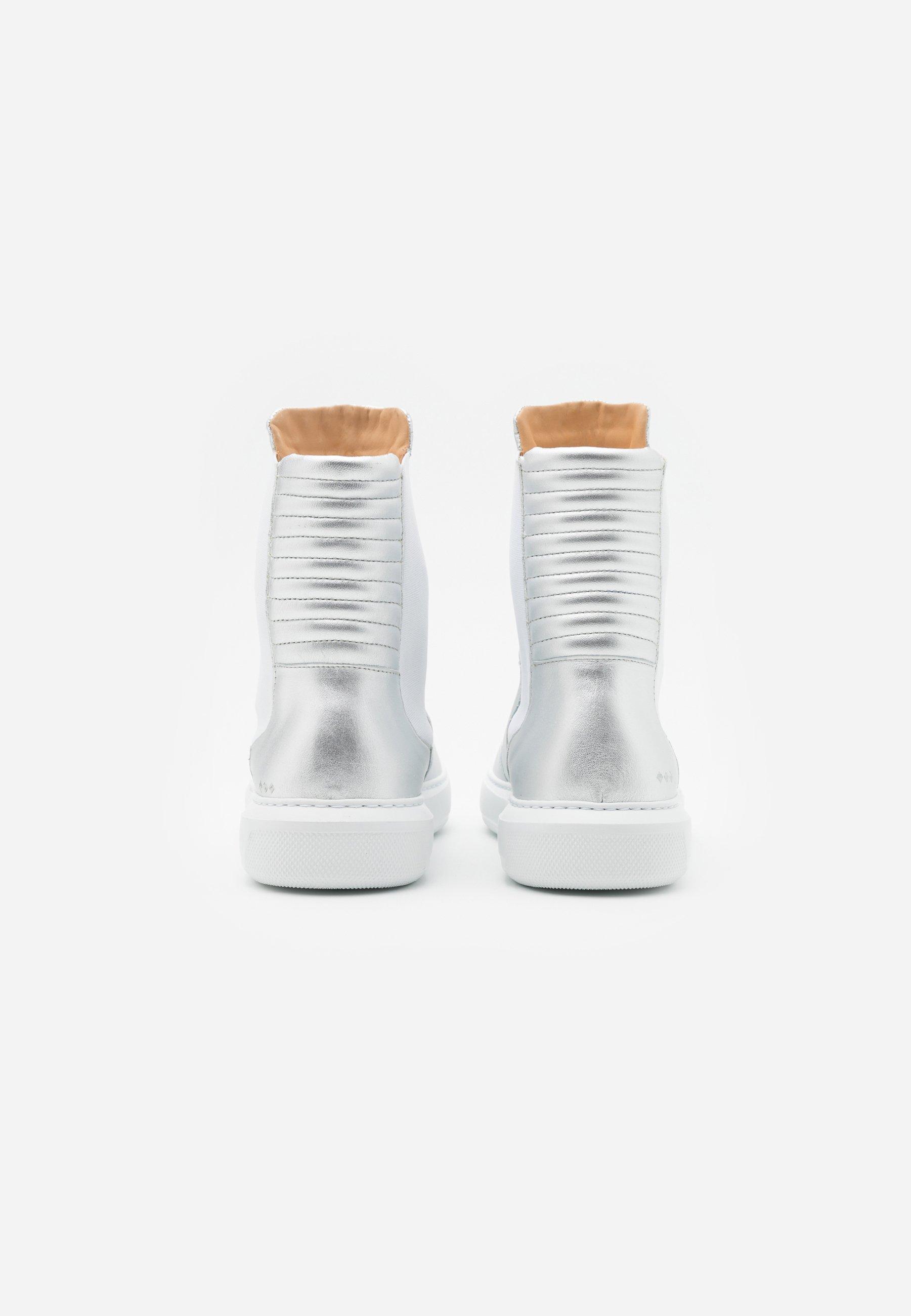Quality Cheapest Royal RepubliQ COSMOS MISSION CHELSEA - Classic ankle boots - silver | men's shoes 2020 7rueN