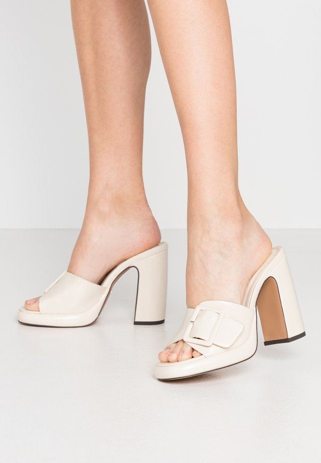 REFLECT BUCKLE MULE - Heeled mules - offwhite