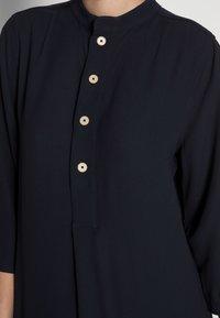 someday. - IGIRI - Shirt dress - global blue - 4